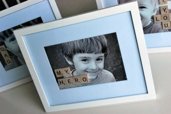 regalo-papà-foto-cornice-colore-bianco-scritta-lettere-legno-mio-eroe-idea-fai-da-te-carina