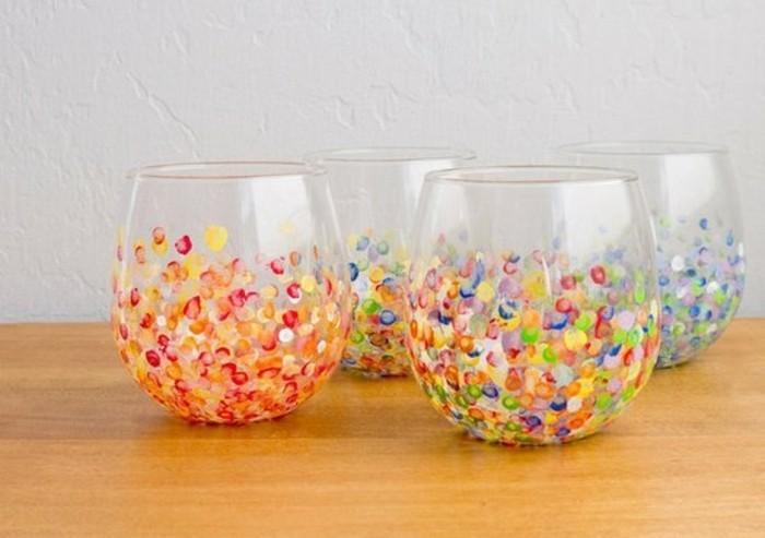 regalo-per-un-amica-speciale-bicchieri-vetro-decorati-tanti-puntini-colorati