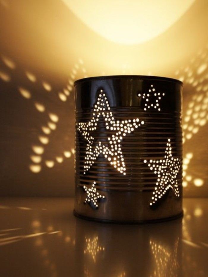 riciclo-creativo-barattolo-latta-decorato-stelle-incise-candela-idea-diy