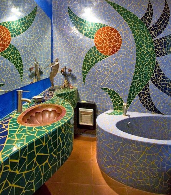 rivestimenti-bagno-mosaico-vasca-rotonda-lavabo-integrato-idea-decorazione-pareti-sanitari