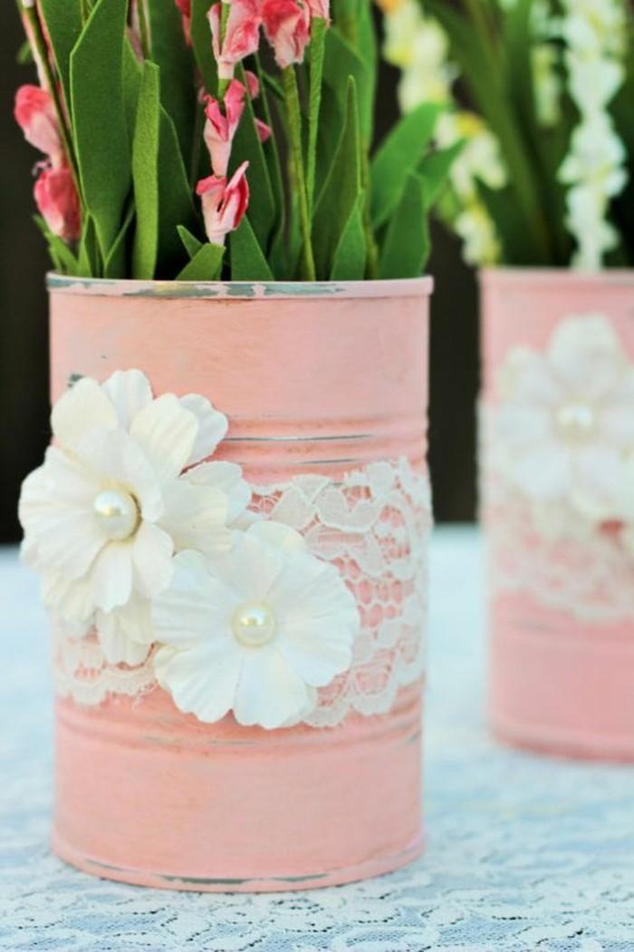 scatole-di-latta-vintage-dipinte-rosa-decorate-pizzo-fiori-finti-vaso-fiori