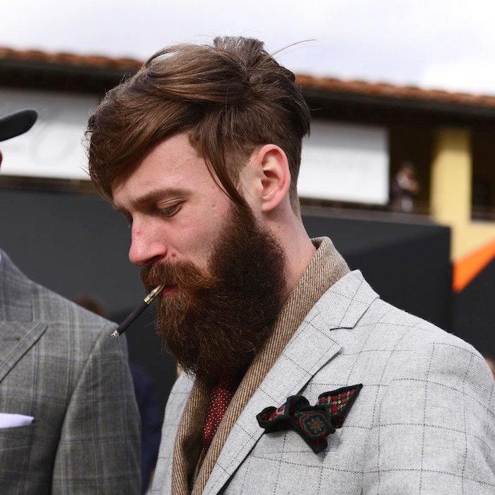 Tagli di capelli uomo corti ai lati