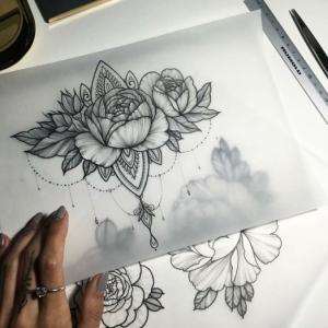 Tatuaggi fiori - quale scegliere e quali sono i loro significati
