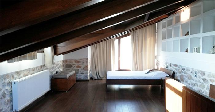 tende-finestre-mansarda-due-elementi-tessuto-oscurante-bastone-colore-chiaro