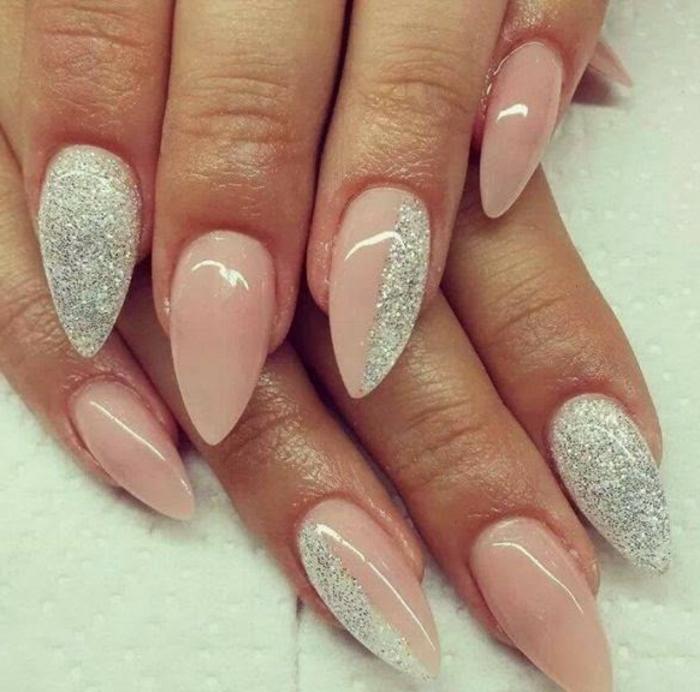 unghie-decorate-tonalità-colore-caldo-accent-nail-color-argento-manicure-idea