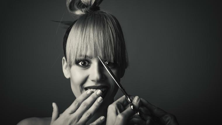 Taglio frangia capelli fai da te