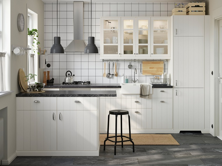 Cucine bianche moderne latest cucina with cucine bianche - Cucine moderne bianche laccate ...