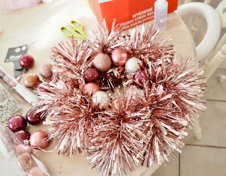 ghirlanda di colore rame e palline per addobbi ghirlande natalizie tutorial