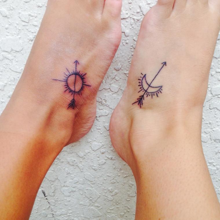 proposta di tatuaggio per la coppia che raffigura un sole e una luna stilizzati