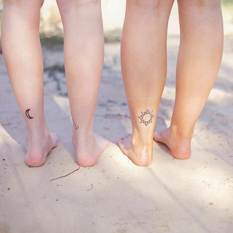 proposta di tattoo da fare in coppia nella parte posteriore della gamba sopra la caviglia