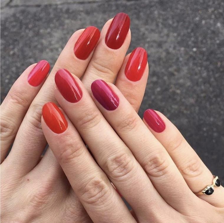 unghie in gel rosse, una proposta per realizzare una manicure semplice ed originale