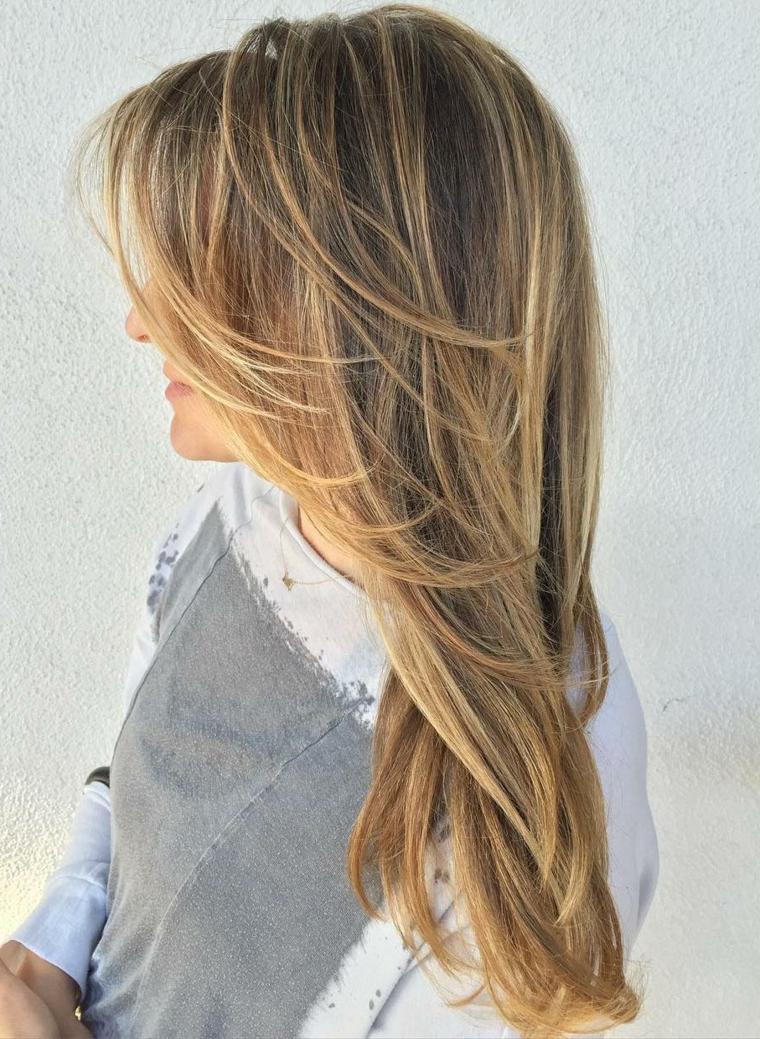 Il pelo biondo di ilona - 2 4