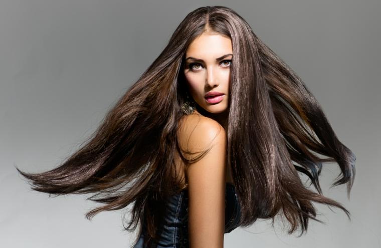 Consiglio taglio capelli lunghi