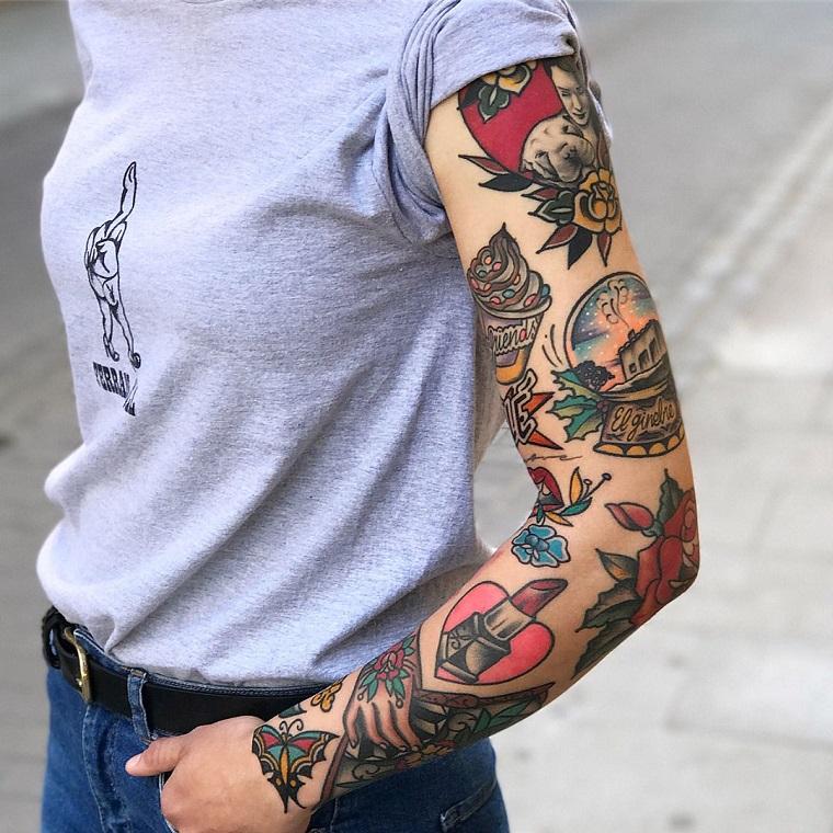 tattoo manica donna stile vecchia scuola tatuaggi colorati disegno rossetto
