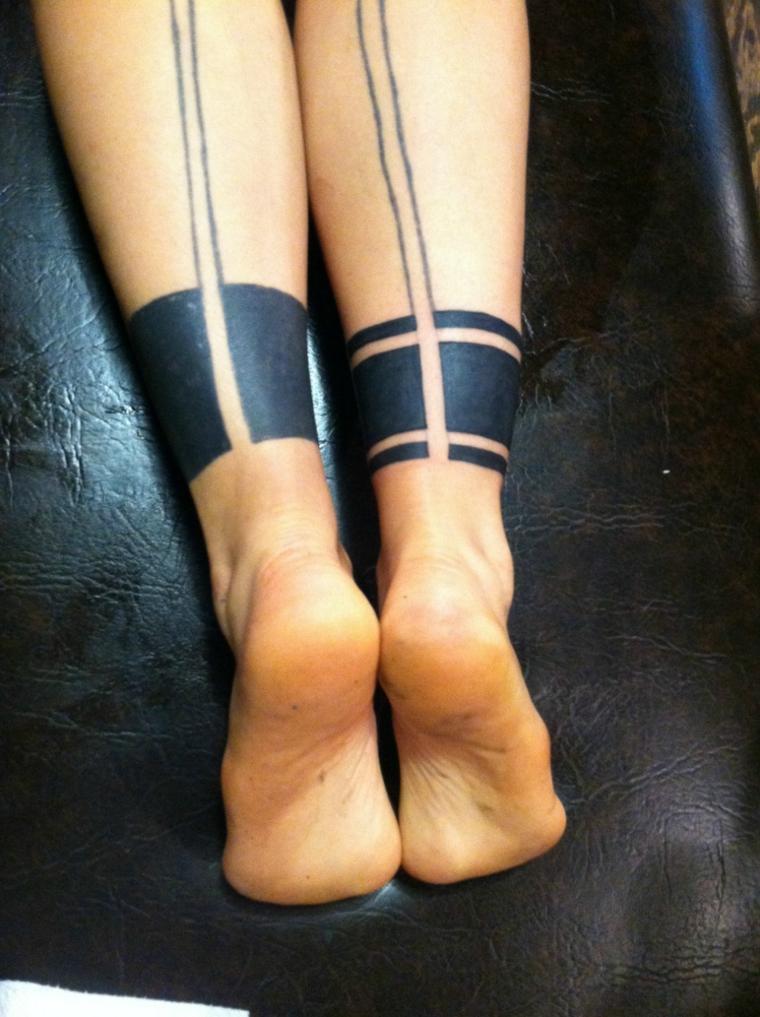 Tattoo bracciale gamba uomo