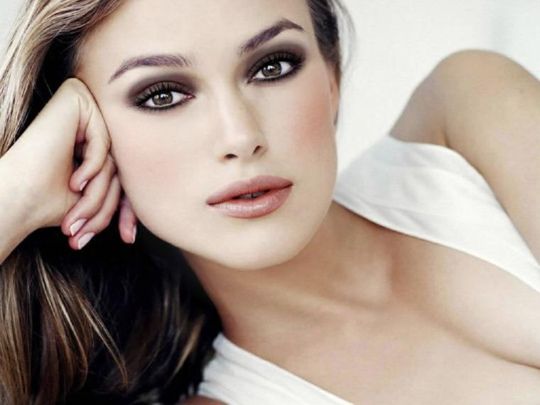 make up per gli occhi dall'effetto romantico in grado di dare profondità allo sguardo