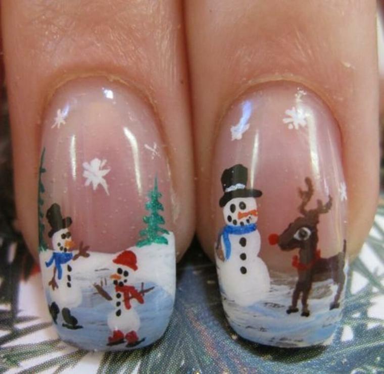 idea natalizia per decorare le unghie in modo originale e divertente con dei pupazzi di neve e una renna
