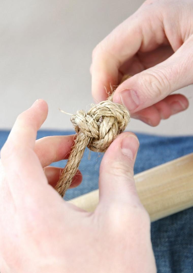Tutorial su come fare un nodo con la corda, costruire una tenda per bambini