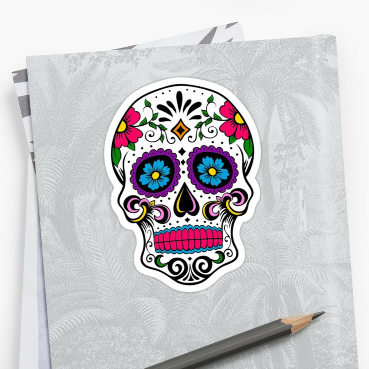 disegni teschi messicani, una proposta con i denti colorati di fucsia e fiori azzurri negli occhi