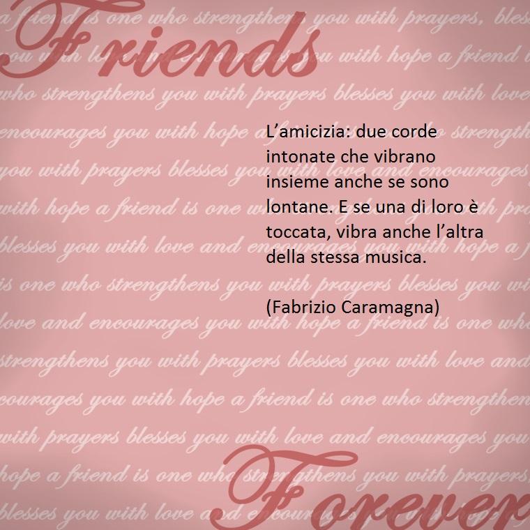 scrittore e studioso di aforismi, caramagna dedica frasi toccanti all'amicizia