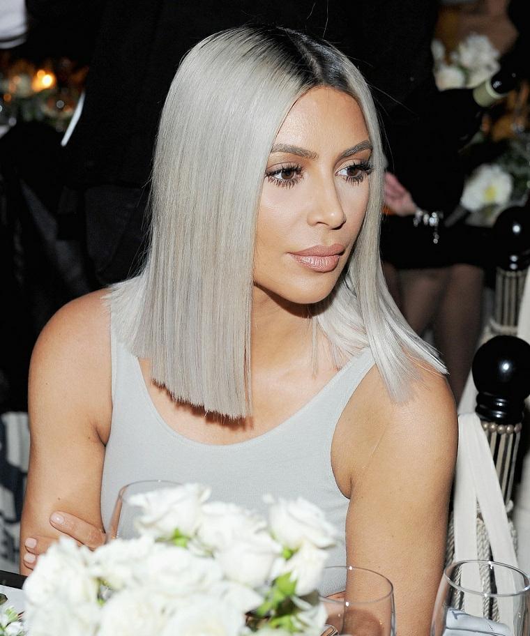 Colore dei capelli biondo platino