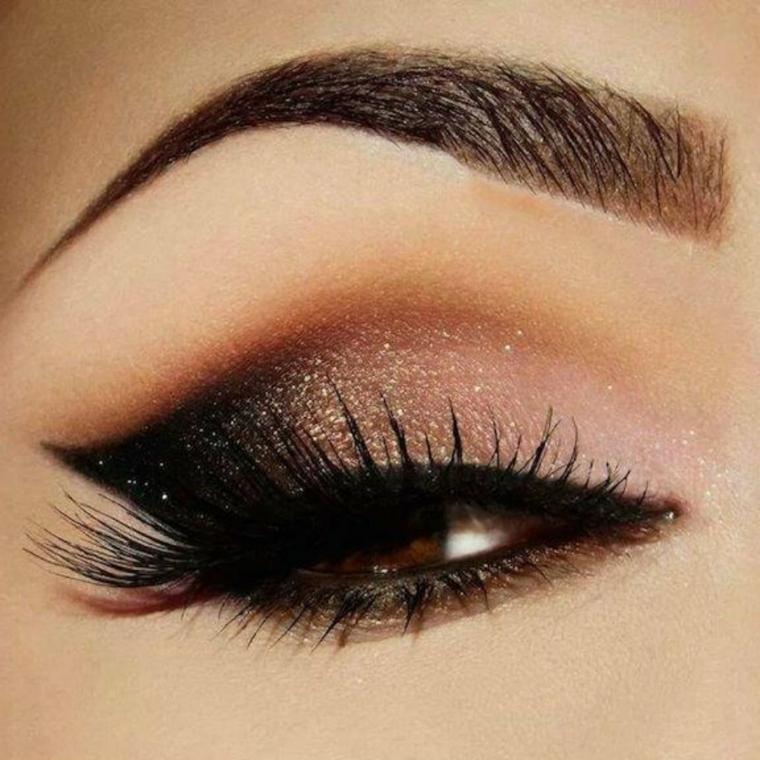 trucco occhi marrone, proposta realizzata usando degli ombretti perlati
