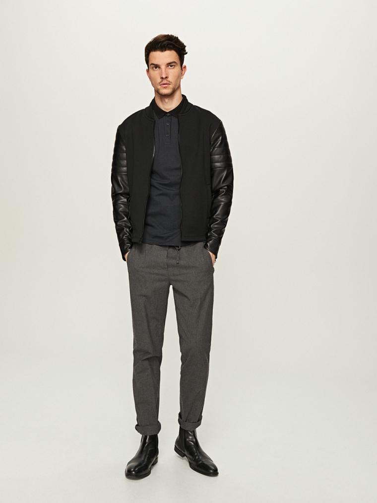 Abbinamento colori vestiti uomo, combinare pantalone grigio con giacca nera