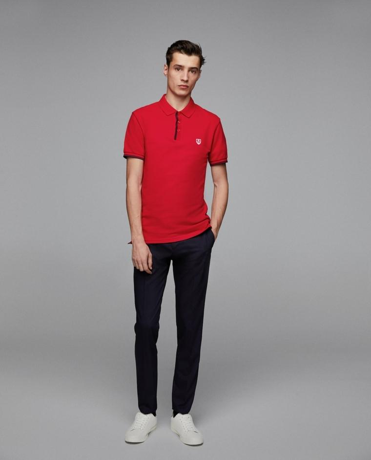 Abiti casual uomo, polo di colore rosso in abbinamento a pantaloni dritti scuri