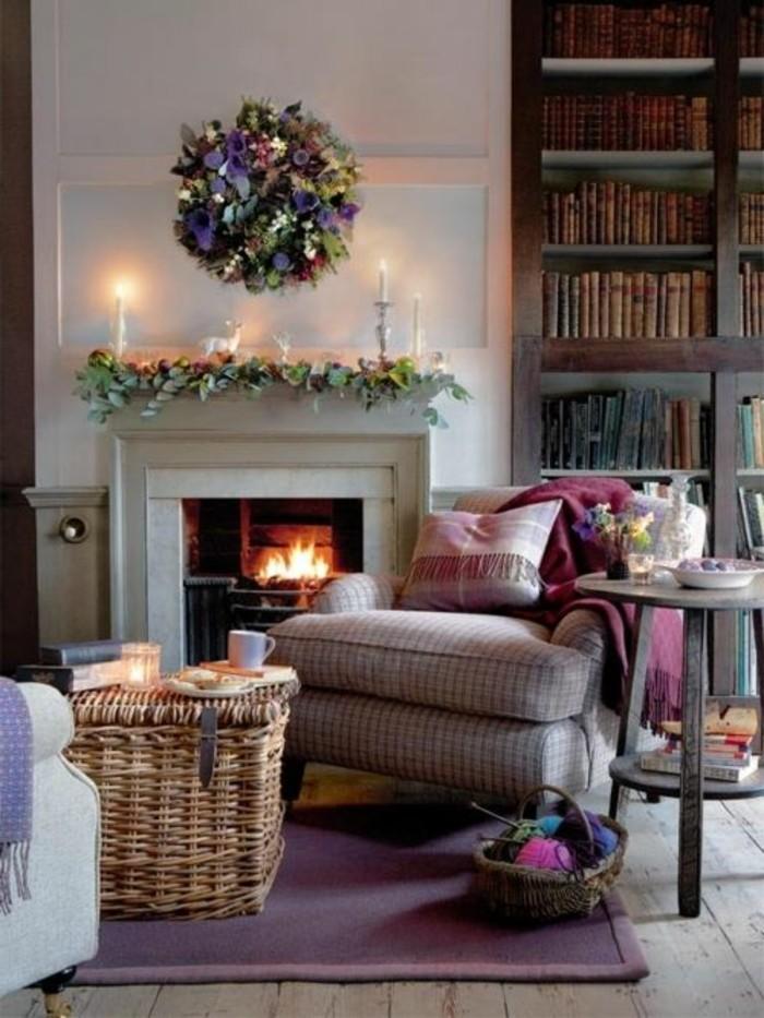 Idea per la decorazione del soggiorno per Natale, arredamento soggiorno classico
