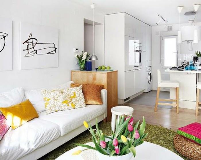 Come arredare salotto piccolo con mobili di colore bianco e cucina