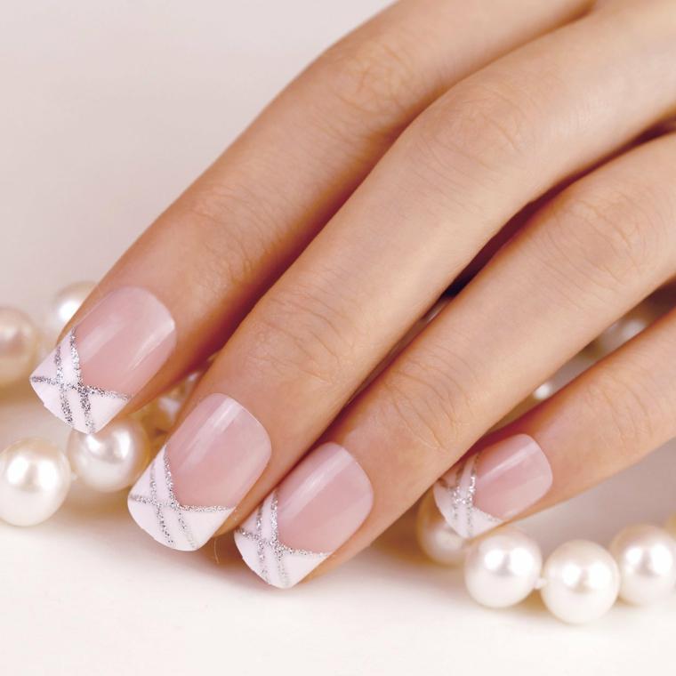 Nero rosso e argento disegni per le unghie unghie nel 2018 for Unghie gel decorazioni semplici