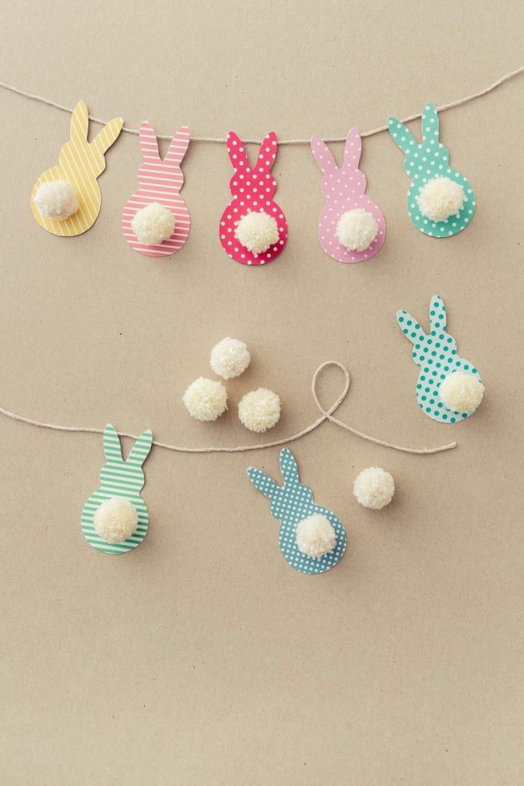 Ghirlanda di coniglietti di carta colorata, code di pom poms di filo di lana