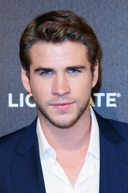 Gli occhi blu di Liam Hemsworth, attore australiano famoso, il ragazzo più bello del mondo
