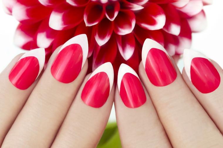 un'idea per realizzare una french unghie gel dai colori originali: rosso ciliegia e bianco
