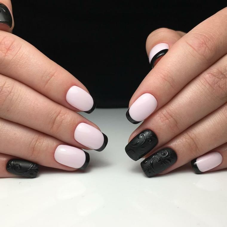 Disegno unghie nere opache, motivi floreali, abbinamenti bianco e nero con french manicure