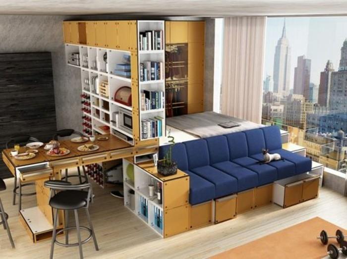 Idea per ottimizzare lo spazio in un monolocale, letto e divano, cucina con tavolo da pranzo richiudibile