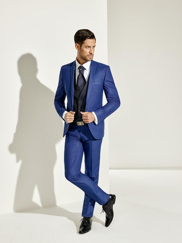 Vestito Matrimonio Uomo Blu Elettrico : Idee per abiti da cerimonia uomo all insegna dell