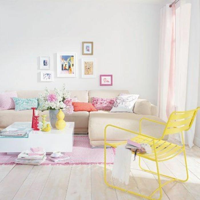 Idea arredamento del salotto piccolo con mobili soggiorno moderno nella tonalità di colore pastello