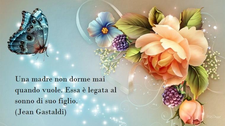 Frasi sulla mamma, immagine con rosa e una farfalla azzurra, scritta simpatica