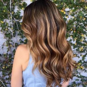 Balayage capelli castani - qual è la migliore opzione personalizzata?