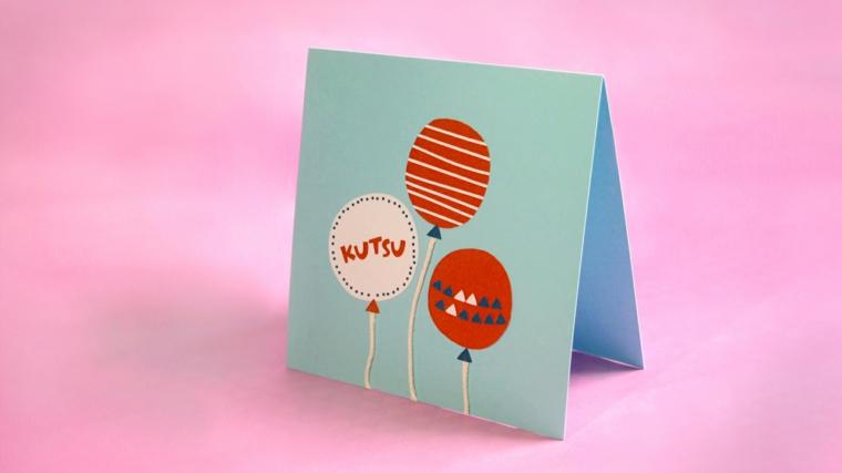palloncini colorati come decorazione per un invito festa di compleanno per bimbi fai da te