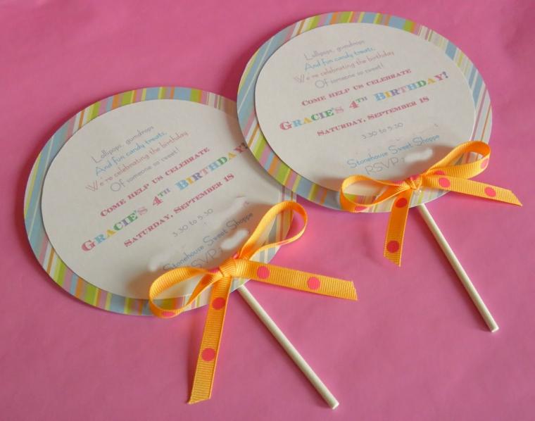 proposta fai da te semplice e creativa per realizzare degli inviti di compleanno per bimbi a forma di lecca lecca
