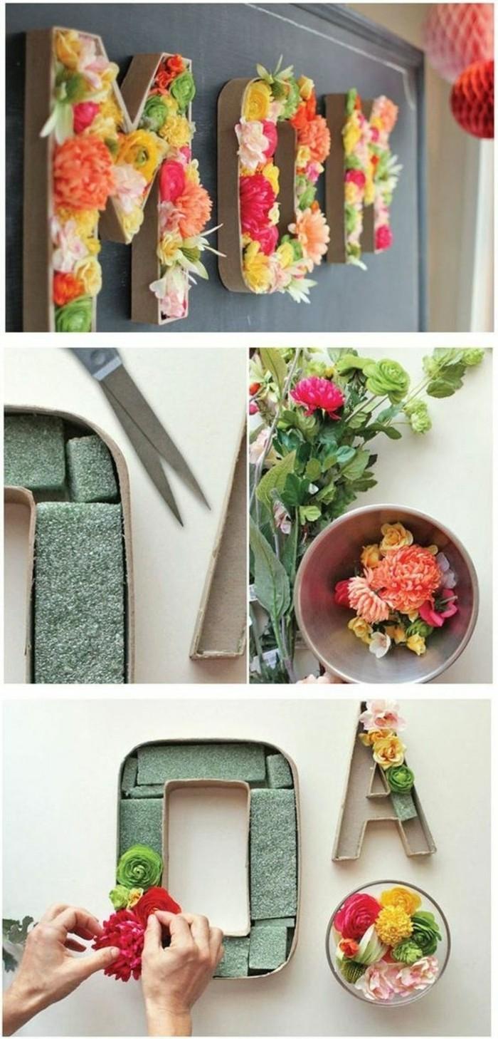 Idee per dei regali fai da te, lettere di cartone decorate con dei fiori, forbici e strumenti per la realizzazione