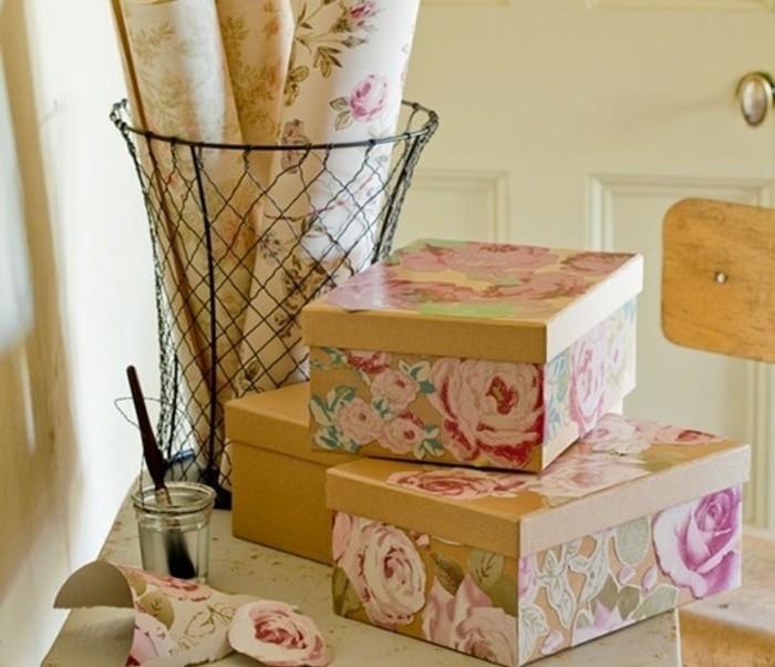 Idee regalo fai da te, découpage motivi floreali su scatole di cartone, regali per la festa della mamma