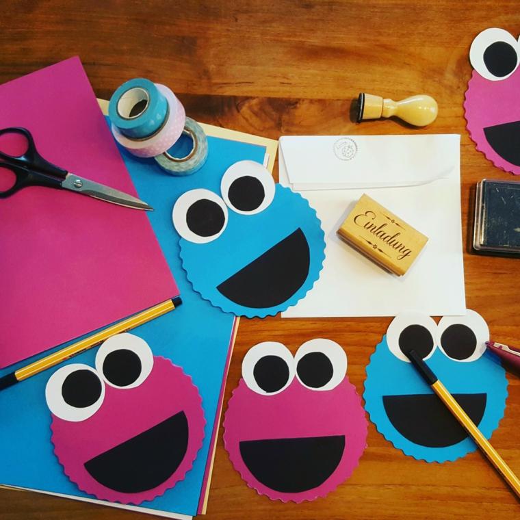 migliore idea per creare un invito festa compleanno bimbi con dei cartoncino colorati a forma di faccina