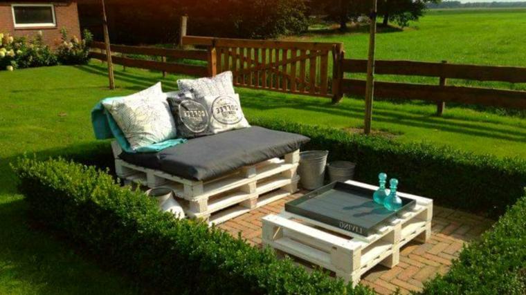 1001 idee per divani con bancali per interni ed esterni - Fai da te arredo giardino ...