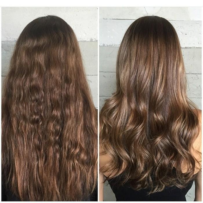una ragazza dai capelli scuri con balayage, prima e dopo, con una piega ondulata