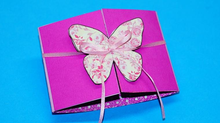 proposta per realizzare fai da te degli inviti compleanno bimba con una farfalla