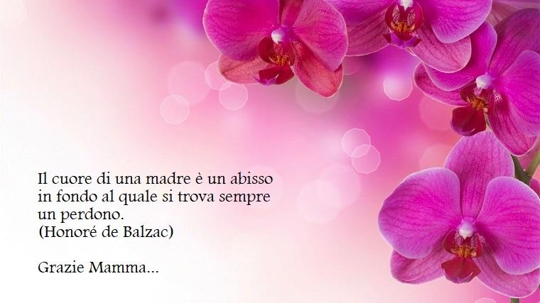 Citazione di Honoré de Balzac, foto di fiori viola, ringraziamento alla mamma per la sua festa