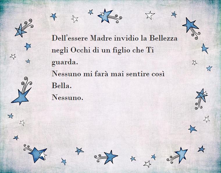 Frase dedica per la festa della mamma, sfondo grigio con disegno di stelle blu